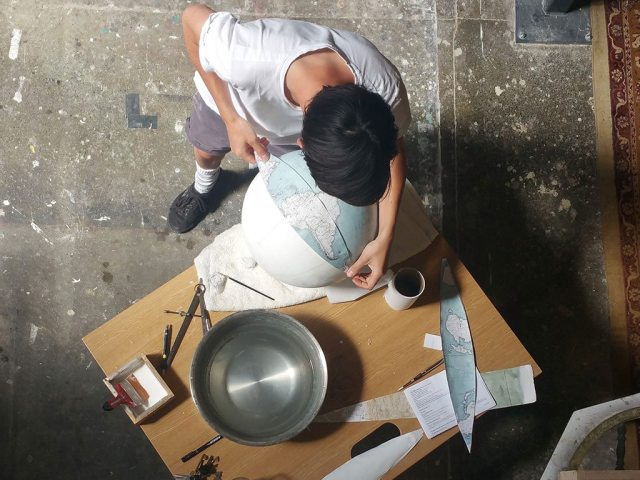 making-globes-at-bellerby-and-co